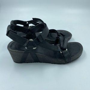 Teva Ysidro Leather Wedge Sandals Black 8.5